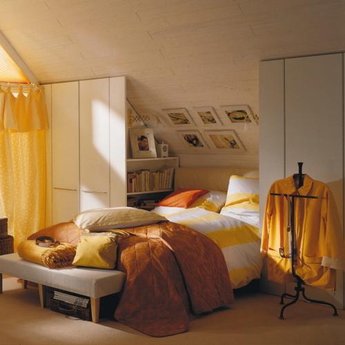 Draaideurkast in slaapkamer