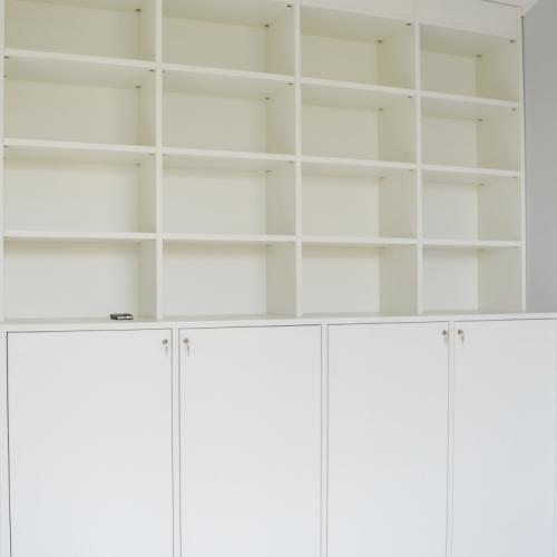 Boekenkast met 4 deuren