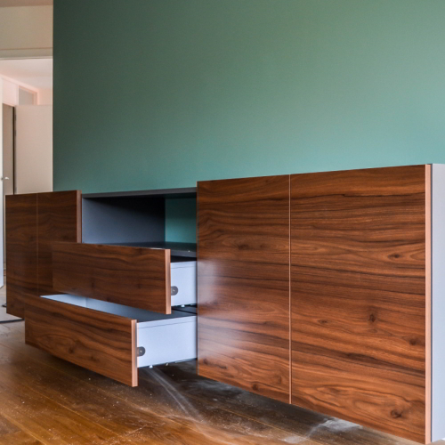 Houtkleurig tv meubel met lades