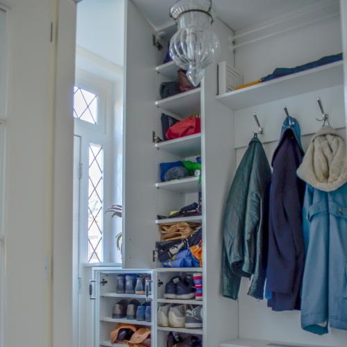 Garderobekast met draaideuren
