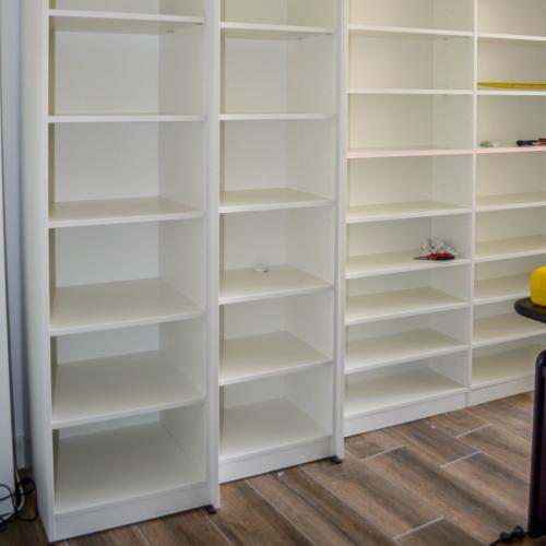 Open kast werkkamer met verschillende dieptes