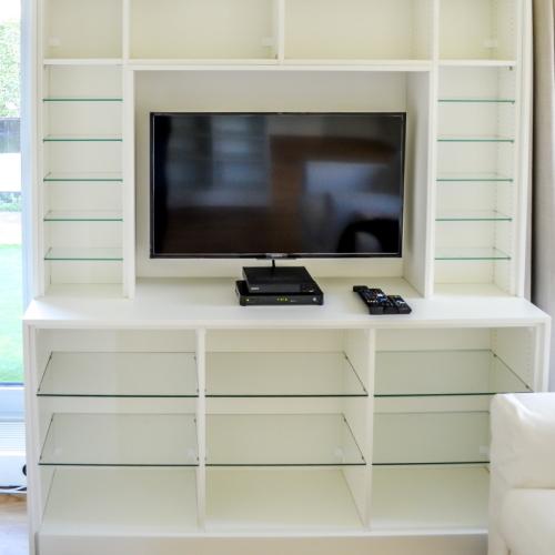 Boekenkast met tv-meubel